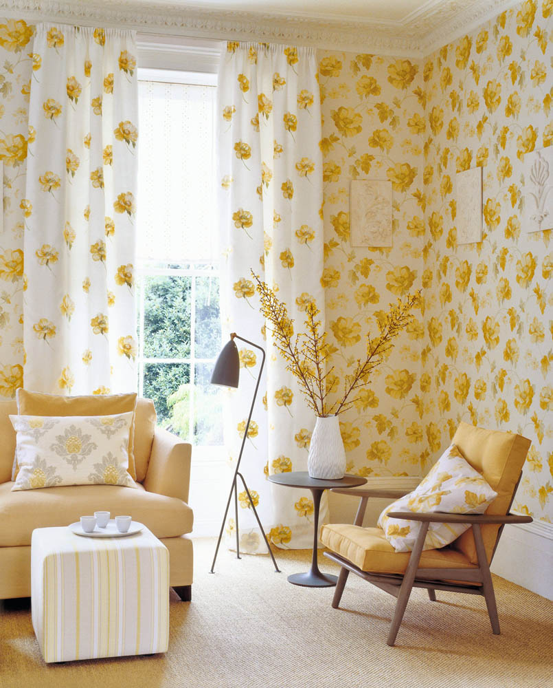 Cowtan tout for Yellow living room wallpaper